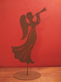 Engel mit Trompete, Garten-Dekoration, Metall in Rostoptik