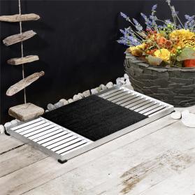 Design-Fußmatte Cubic, bestehend aus 2 Gitter-Rosten und schwarzer Kunststoff-Matte