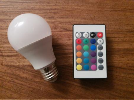 LED Leuchtmittel, dimmbar, mit Fernbedienung