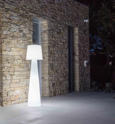 Outdoor-Stehleuchte LADY, Designer-Stehlampe für Balkon, Terrasse, Garten, weiß