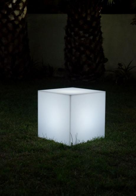 Leuchtwürfel CARRY Outdoor, Leuchtkubus für den Garten, weiß, 40 cm