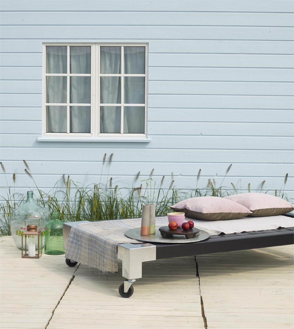 garten im quadrat holz liege cubic modernes gartenbett mobil graubraun. Black Bedroom Furniture Sets. Home Design Ideas