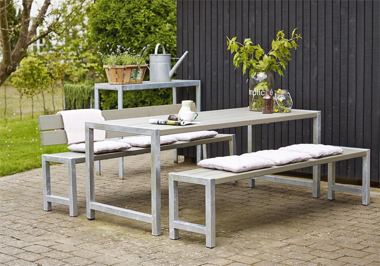 Garten im quadrat moderne outdoor sitzgarnitur planken - Bank garten modern ...