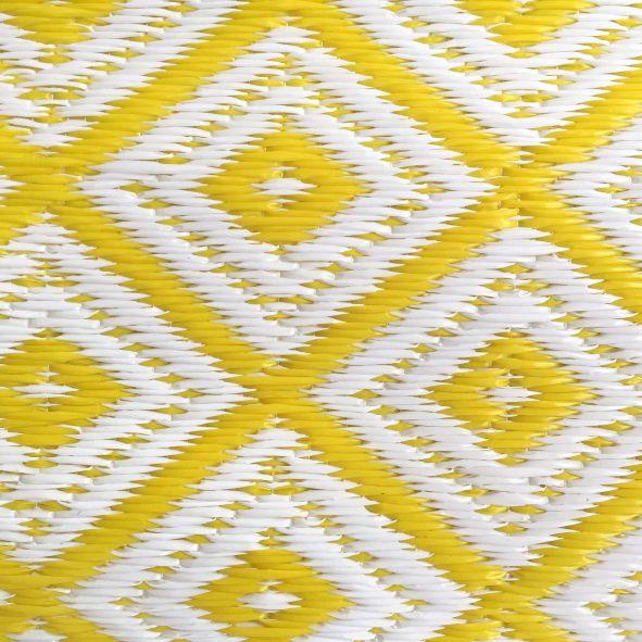garten im quadrat outdoor teppich arabien gelb wei. Black Bedroom Furniture Sets. Home Design Ideas